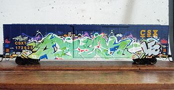 graffiti op een modeltrein