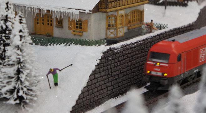 skier in modelspoor