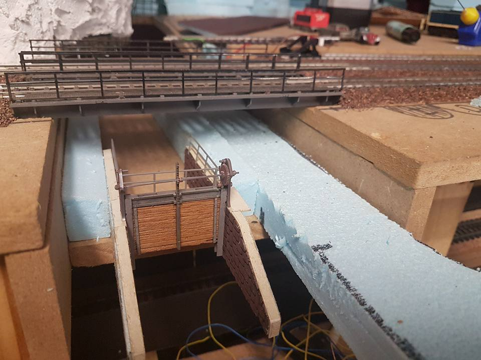 Sluis in aanbouw: dezelfde sluis van de andere kant af gezien (H0)