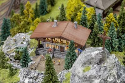 kabelbaan spoor N Faller alpenhut